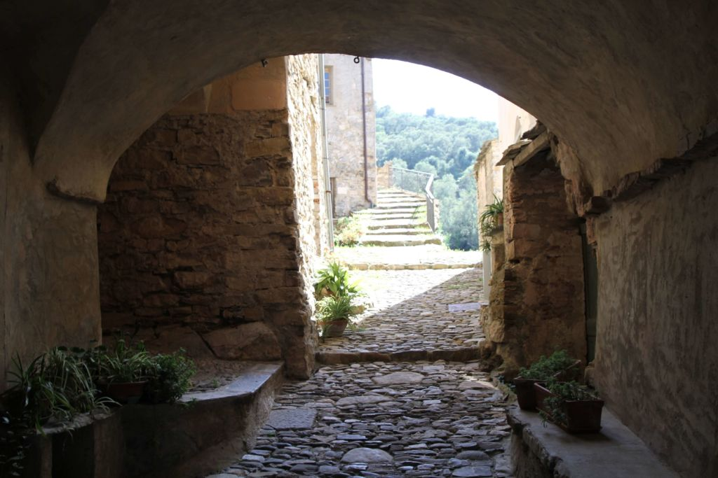 archivolto di via Carduccia