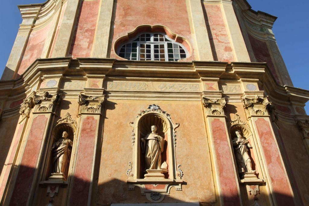 chiesa parrocchiale di San Bernardo, facciataa