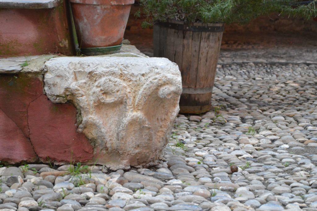 piazza San Bernardo, capitello antica parrocchialea