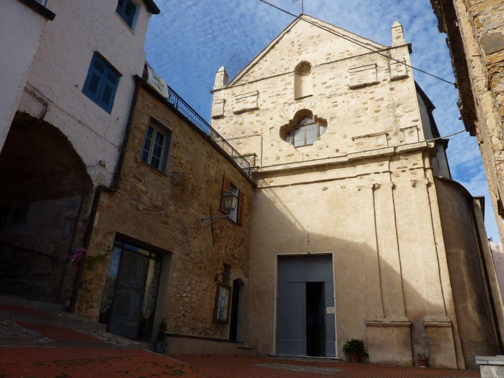 piazza e chiesa di San Giovanni Battista (2400x1800)