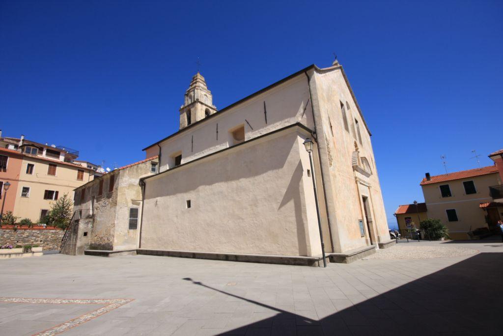 veduta della chiesa della Visitazione di Maria (2400x1600)