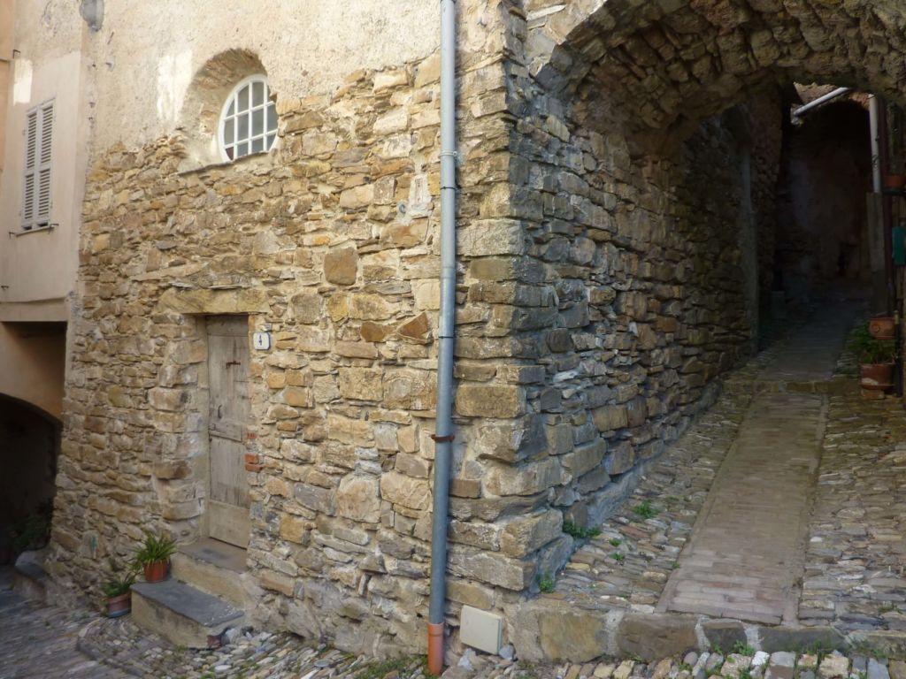 via Carducci, cappella-museo delle confraternitea