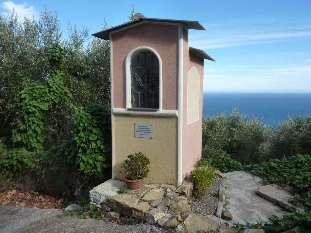 via San Giacomo, edicola votiva comp